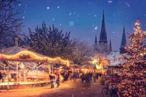 Weihnachtsmarkt mit Arbeitskollegen